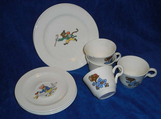 Skating Animals teacups suacers and 6  plates & Childrens Tea Sets -- Knowles China Newell WV