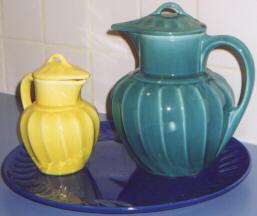 Valencia By Shawnee Pottery Company