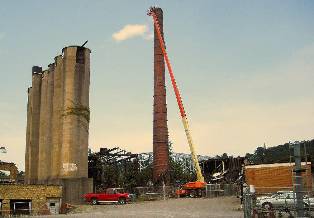 3 Silo Demolition : Taylor smith demolition